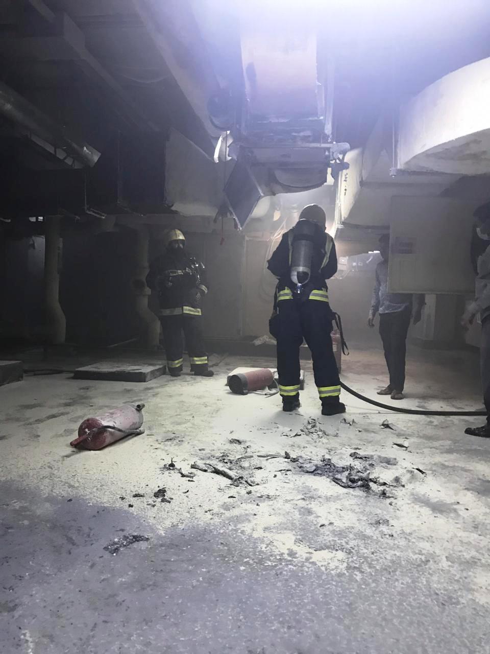بالصور: حريق يخلي 35 نزيلاً من فندق بمركزية المدينة