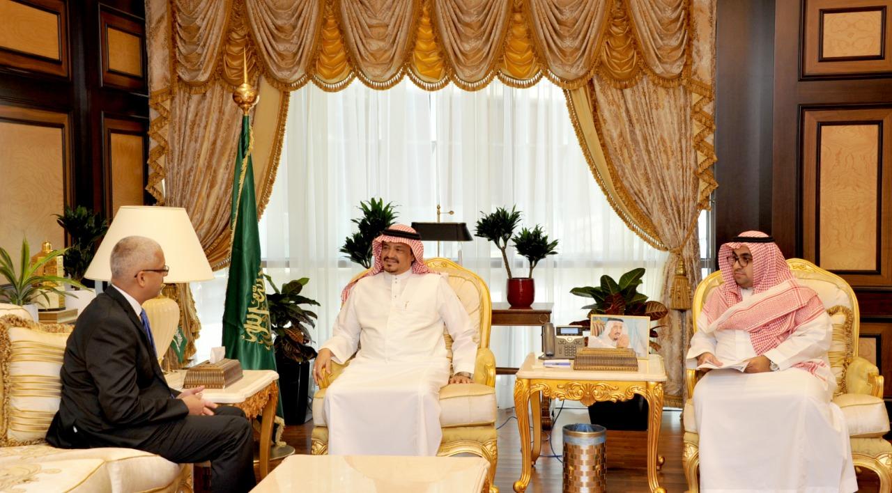 وزير الحج والعمرة يبحث مع سفير أستراليا لدى المملكة الترتيبات اللازمة في موسم الحج
