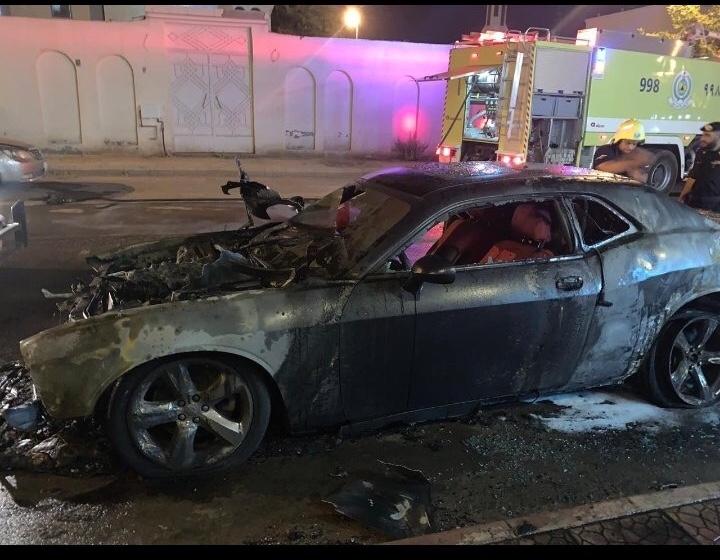 الجهات الأمنية تباشر حادث إحراق سيارة فتاة في المدينة المنورة