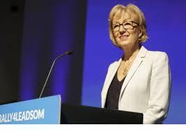 استقالة وزيرة شؤون الدولة بمجلس العموم البريطاني