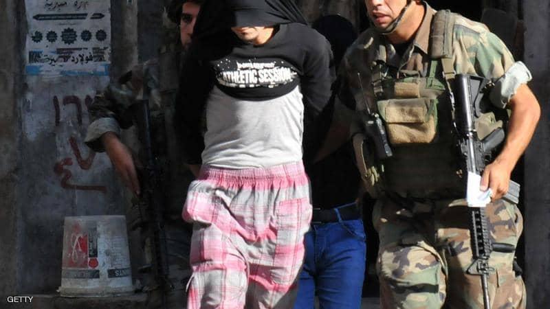 مسلحون ينفذون سلسلة اعتداءات على القوى الأمنية والجيش اللبناني في مناطق عدة من طرابلس