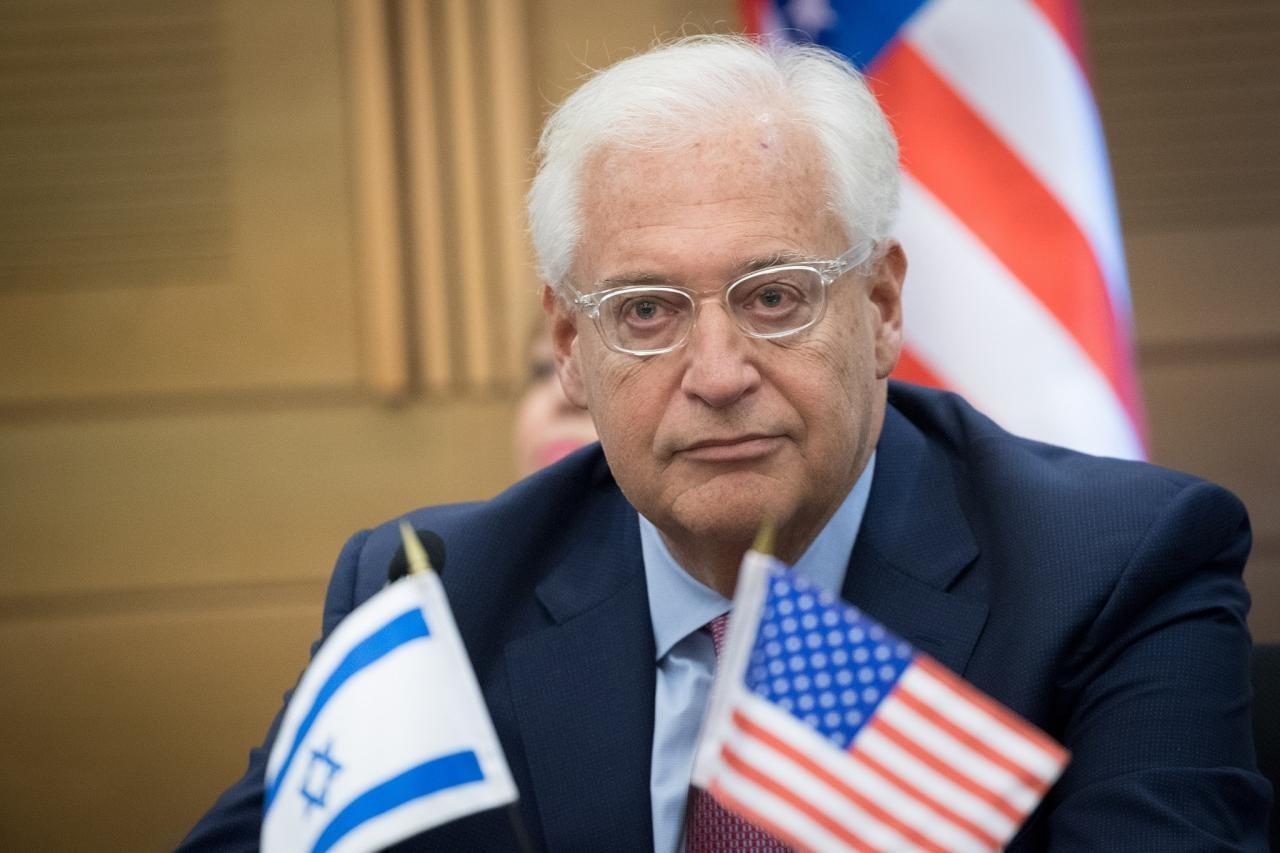 """السفير الأميركي يشعل الأزمة: إسرائيل تملك """"حق"""" ضم أراضٍ من الضفة"""