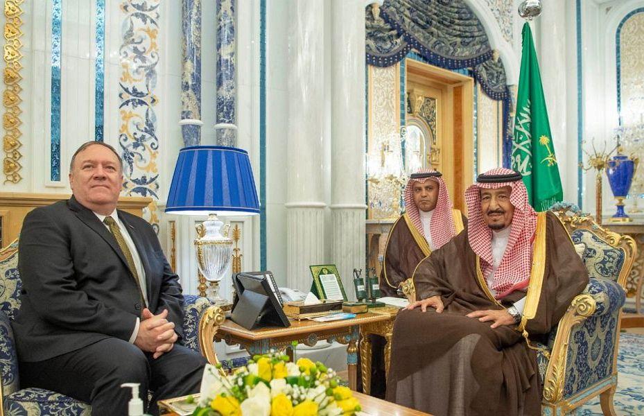 خادم الحرمين الشريفين يبحث تطورات الأوضاع مع وزير الخارجية الأمريكي