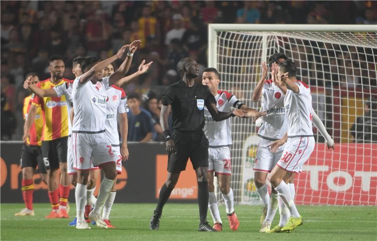 في تونس.. دوري أبطال أفريقيا تحول إلى أزمة سياسية