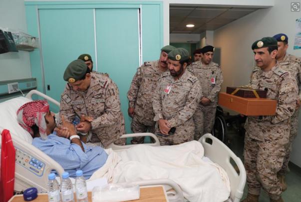 شاهد: قائد القوات البرية يزور 4554545.png