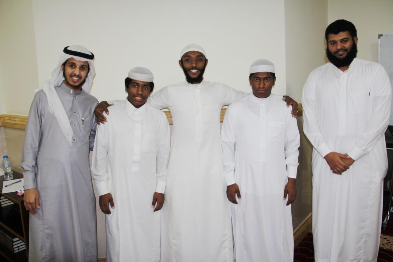 عبدالله وعمر توأمان تعلق قلبهما بالقرآن