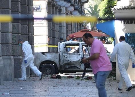 تونس.. اعتقال 25 شخصًا يشتبه بانتمائهم إلى تنظيمات إرهابية منذ التفجيرات التي استهدفت العاصمة