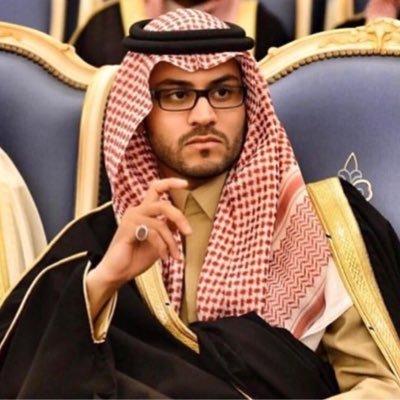 سمو نائب أمير حائل يقوم بزيارة عزاء لذوي أربعة شباب لقوا حتفهم إثر حادث مروري