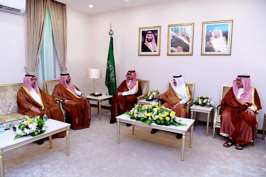 """سعود بن نايف لمجلس إدارة """"الباطن"""": بالعزيمة والتكاتف تعودون لدوري الأضواء"""