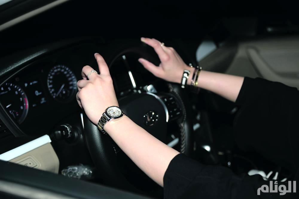 استقدام 181 سائقة خاصة منذ قرار السماح للمرأة بالقيادة