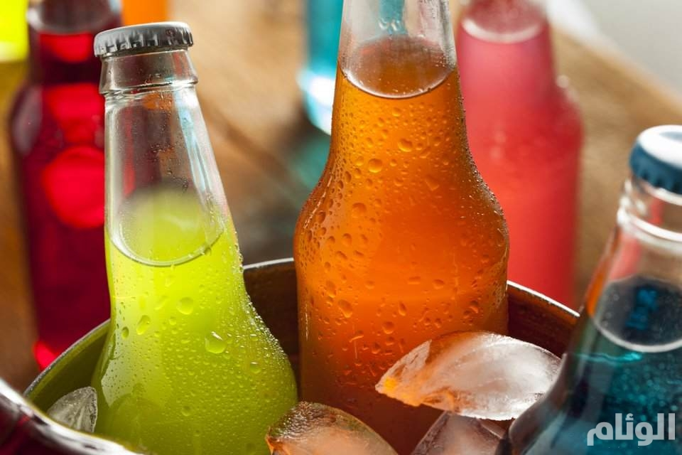دراسة تكشف ارتباطاً محتملاً بين المشروبات السكرية والإصابة بالسرطان