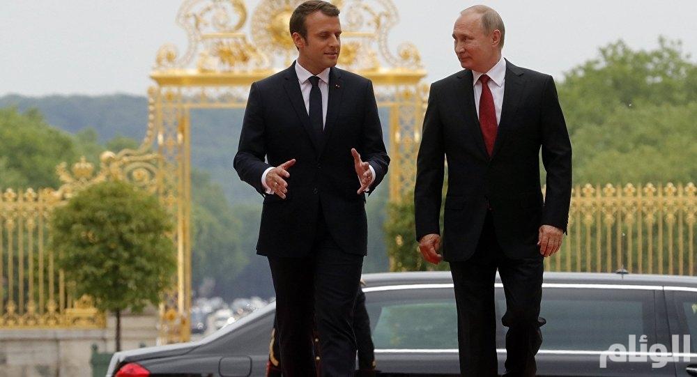 """سجال حاد حول """"السترات الصفراء"""" بين بوتين وماكرون"""