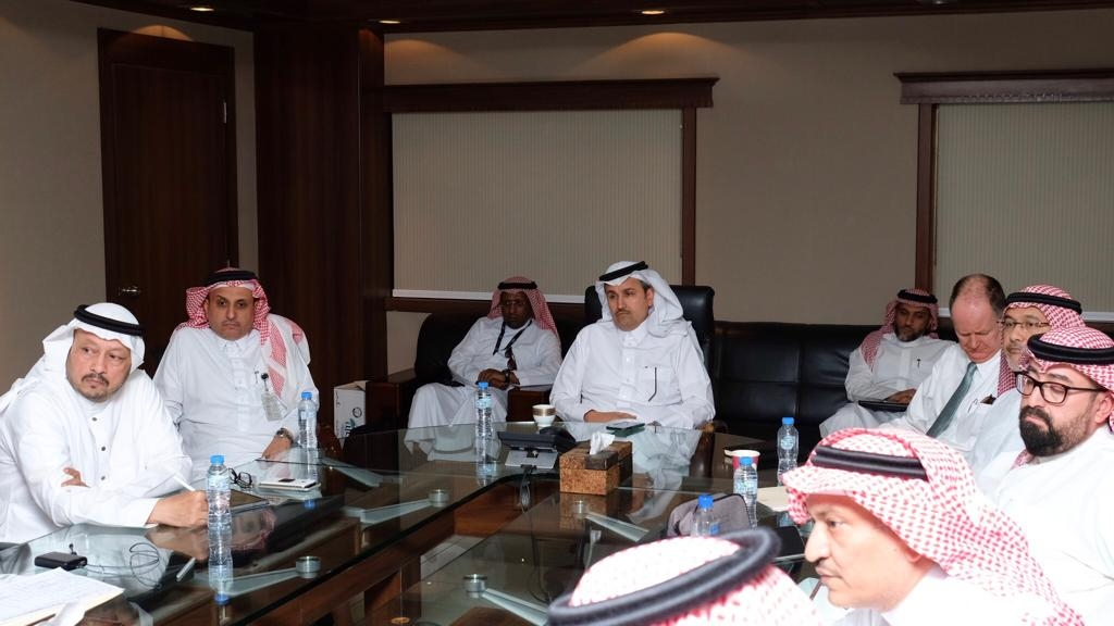مركز مراقبة العمليات في الخطوط السعودية يستعرض الأداء التشغيلي لرحلات الحج