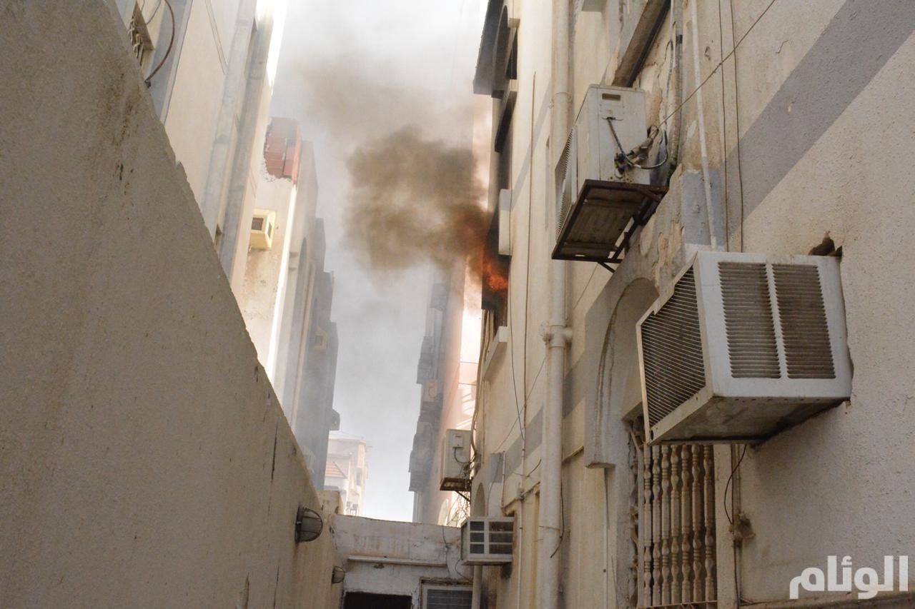 حريق حي الصفا بجدة يخلي البناية من قاطنيها ولا خسائر في الأرواح