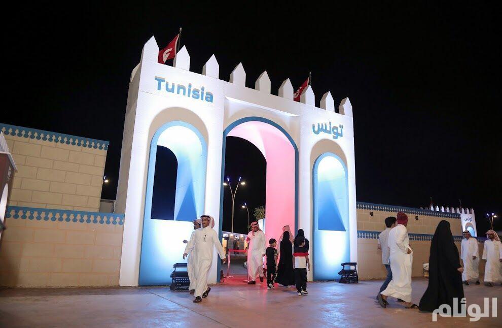 شاهد:«جناح تونس» في سوق عكاظ 13 يُصور نبض الحياة في معالمها وتراثها الأصيل
