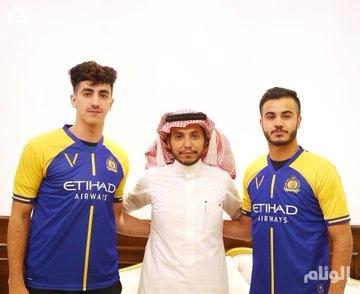 النصر يعلن توقيع عقدين احترافيين مع عبدالرحمن الشمري ونواف العقيدي
