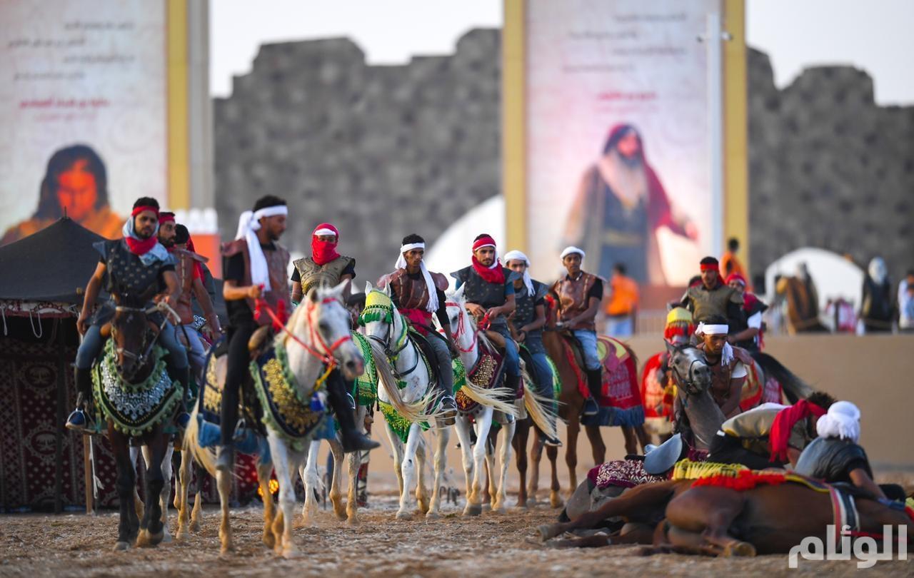 """""""فرسان الوطن"""" يجسدون التراث والحضارة العربية في """"جادة عكاظ"""""""