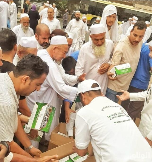 «أوقاف الراجحي» تقدم نصف مليون وجبة للحجاج طبقاً للمعايير الفنية والصحية