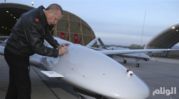 الجيش الليبي يكشف مواقع تخزين الطائرات التركية المسيّرة