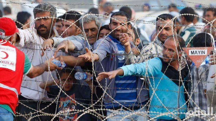الحكومة التركية تفرض 500 دولار على اللاجئين السوريين للإقامة