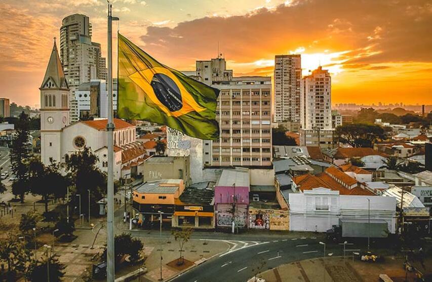#كورونا في البرازيل.. 33933 إصابة جديدة و966 وفاة خلال 24 ساعة
